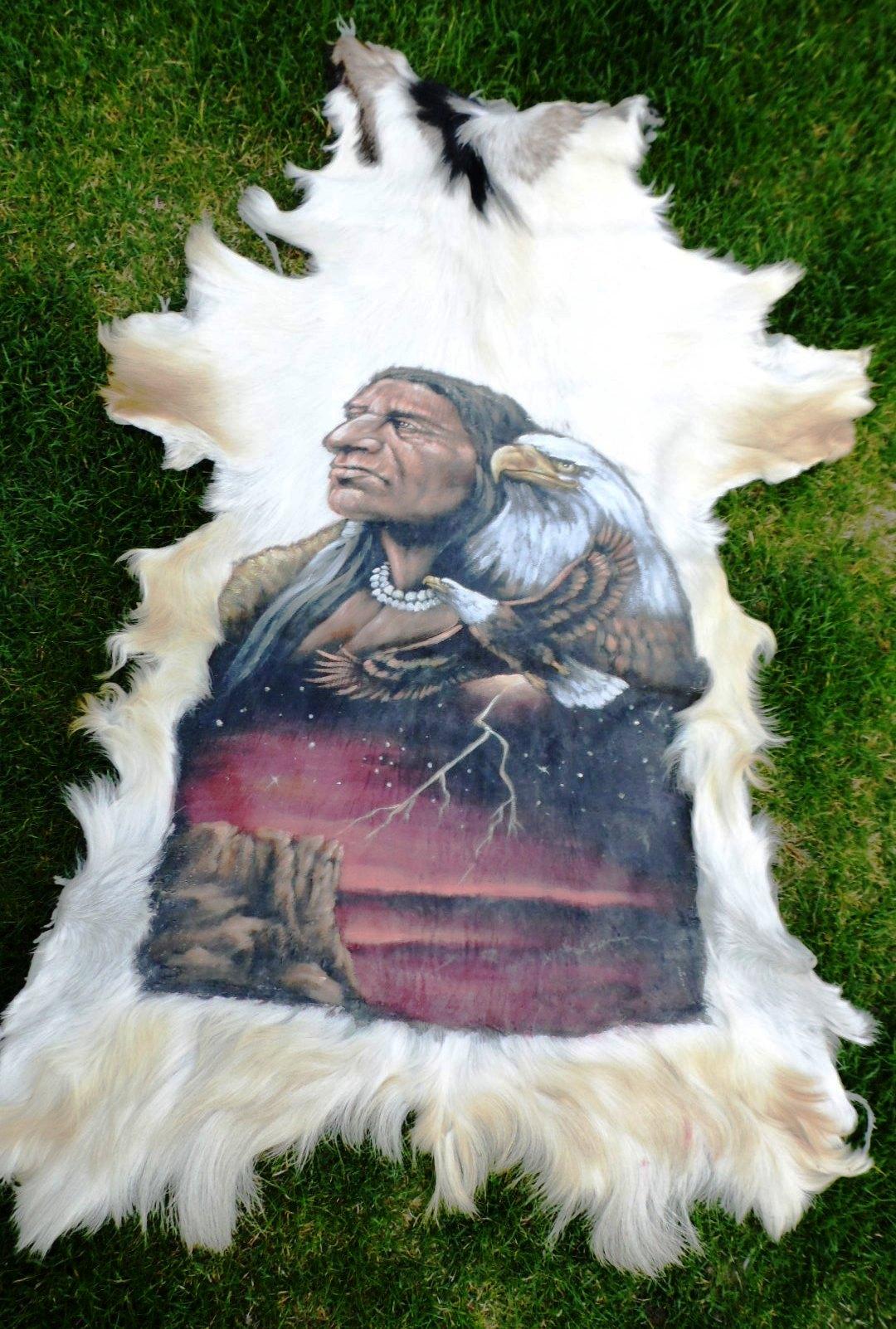 Fabelhaft Tierfell Teppich Sammlung Von Wolf & Galleryner Auf Als Portrait